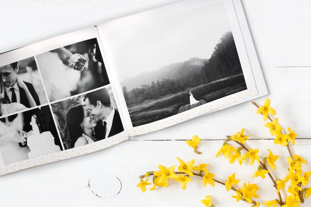 A black and white wedding photo book idea | Motif