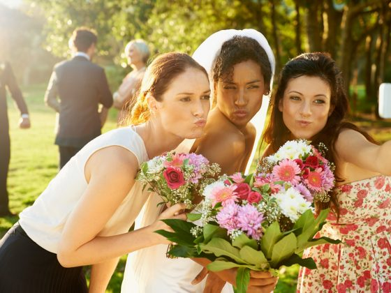 11 Super Fun Wedding Photo Ideas