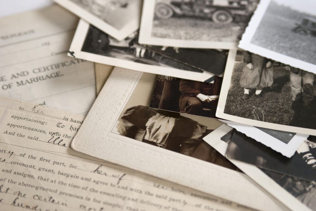Old family photos are great for an anniversary photo book   Motif