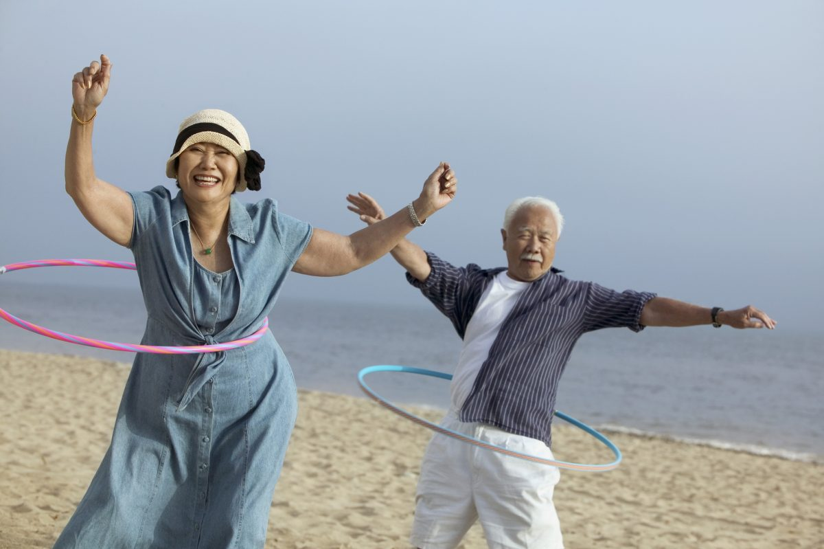 Revisit that photo of you hula hooping on the beach, decades later | Motif
