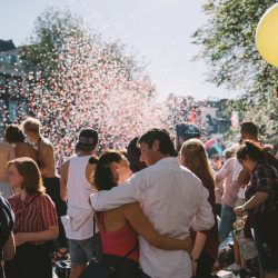 A couple having a conversation while surrounded by confetti   Motif